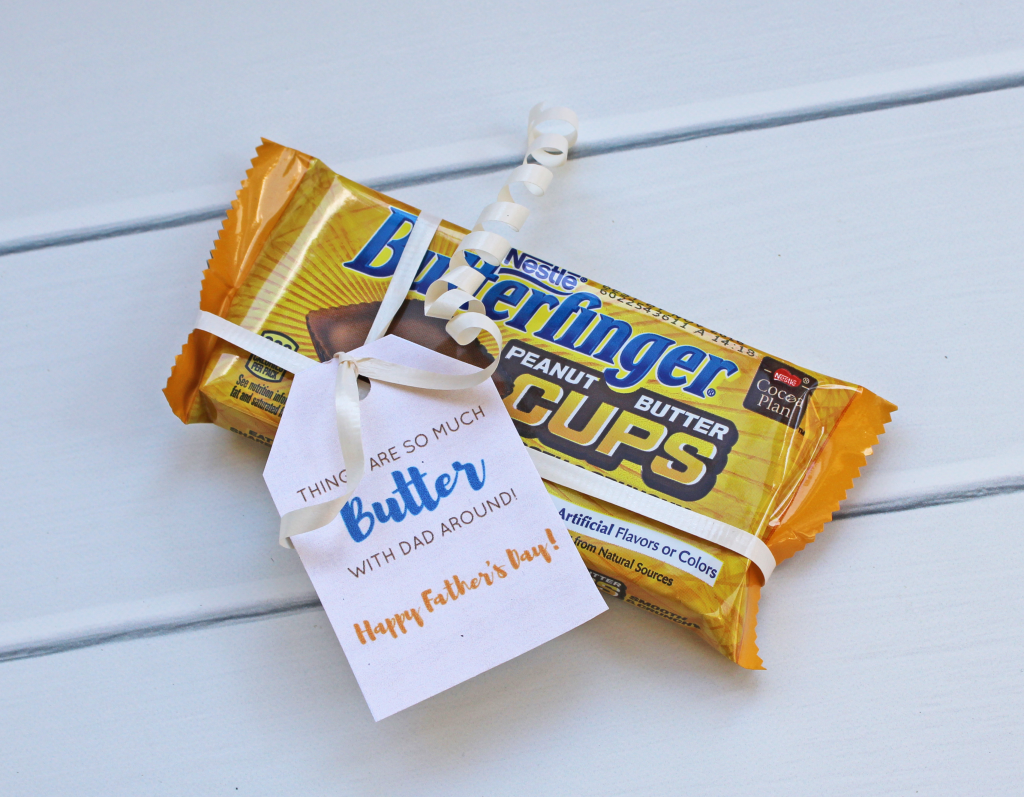 Free printable candy tags for Father's Day! | Celebrate Father's Day with this free digital download gift idea | Free printable candy tags to celebrate Dad this year! GinaKirk.com @ginaekirk